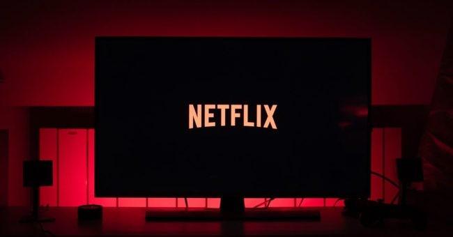 От U-matic до Netflix: Эволюция видеоформатов.