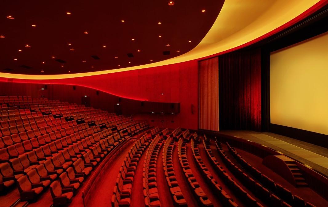 Кинотеатры обязали предупреждать о длительности рекламы и трейлеров перед сеансом
